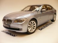 BMW 7 SERIES ACTIVE HYBRID KYOSHO 1