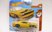 DODGE CHALLENGER SRT YELLOW MUSCLE MANIA HOTWHEELS 1