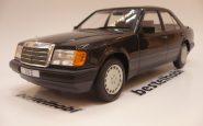 MERCEDES 300E W124 1984 BLACK MCG 1